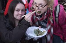5 странных уличных блюд