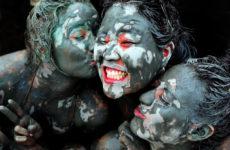 Фестиваль грязи в Порён — 보령머드축제