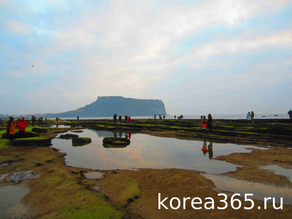Южная Корея остров Чеджу Чеджудо Сонсан Ильчхульбон
