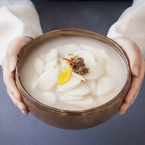 Ттоккук — корейский оливье